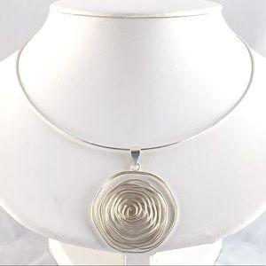 Beautiful Wire Pendant Necklace 925 Sterling